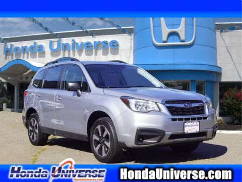 Pre-Owned 2017 Subaru Forester 2.5i CVT AWD